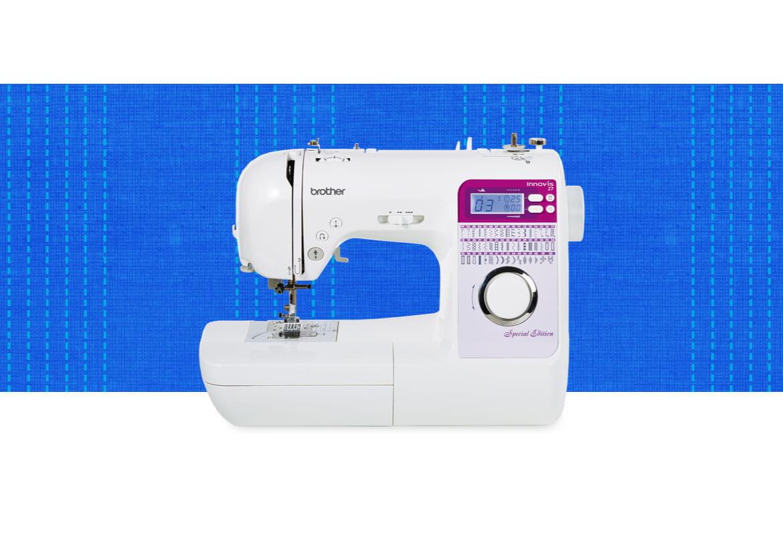 Innov-is 27SE Nähmaschine auf blau gemustertem Hintergrund