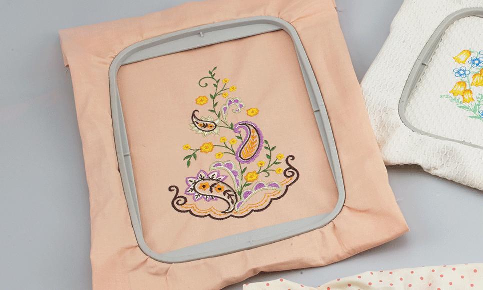 13 x 18cm embroidery frame EF84