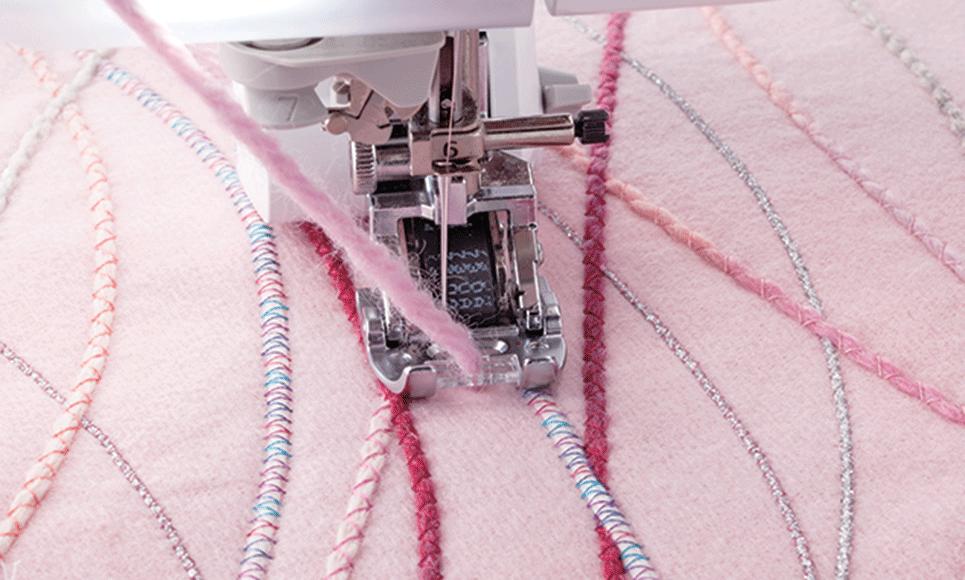Semelle pour fil couché F074 adaptable sur le pied à double entraînement motorisé DF1.