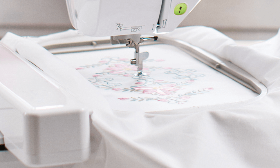 Innov-is NV2600 sewing and embroidery machine  3