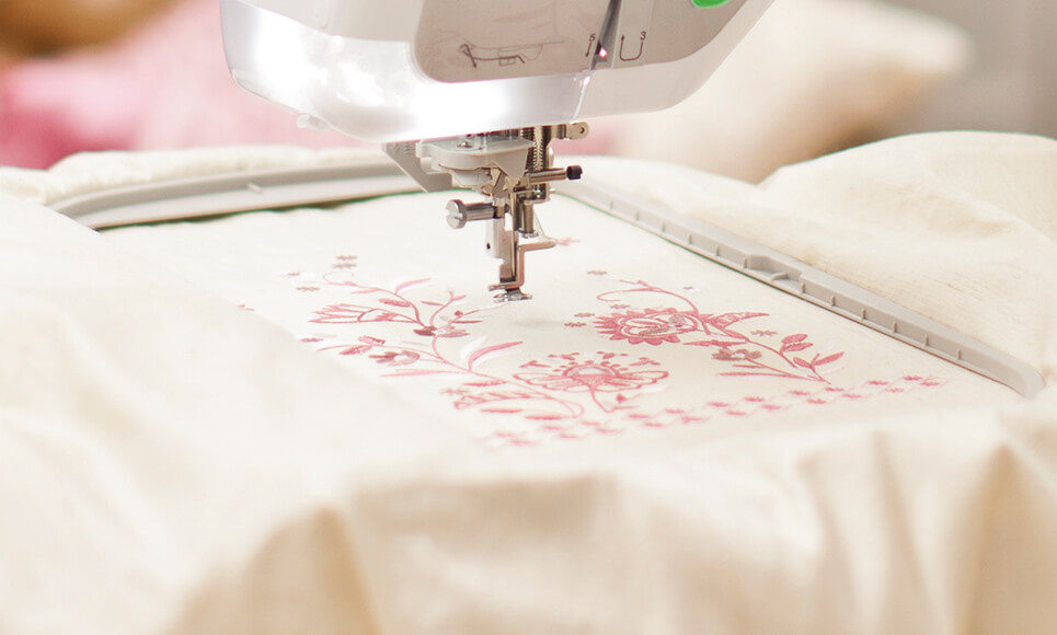 Innov-is V5 sewing, quilting and embroidery machine 5
