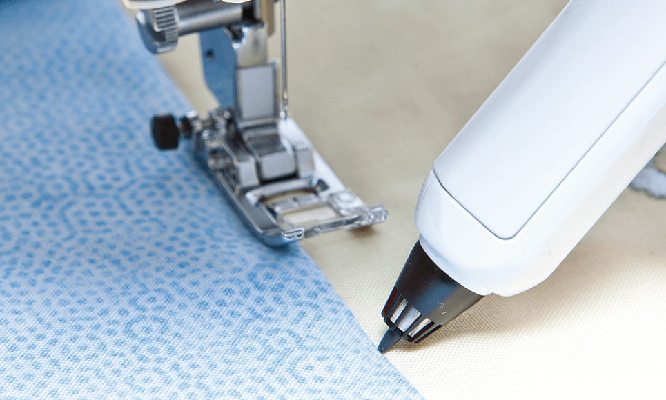 Innov-is V7 sewing, quilting and embroidery machine 8