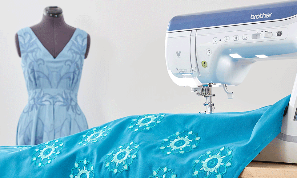 Innov-is Stellaire XJ1 sewing, quilting and embroidery machine 8