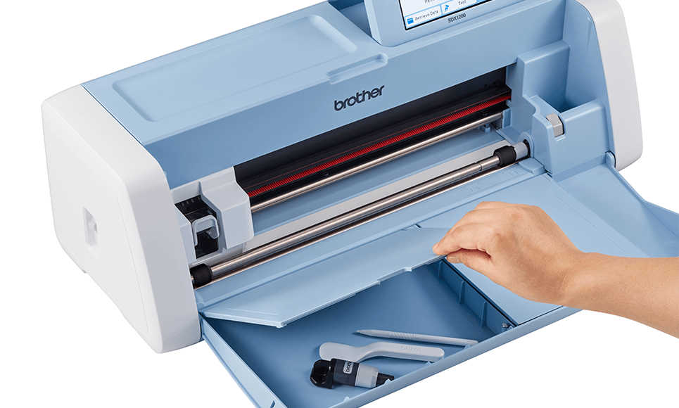 ScanNCut SDX1200 Home and hobby cutting machine 3
