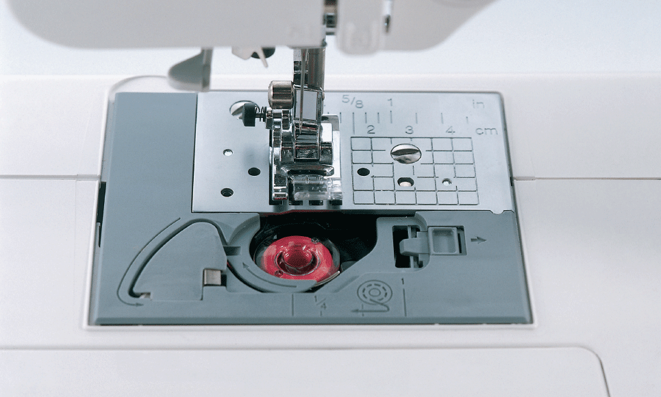 JS100 компьютеризованная швейная машина  3
