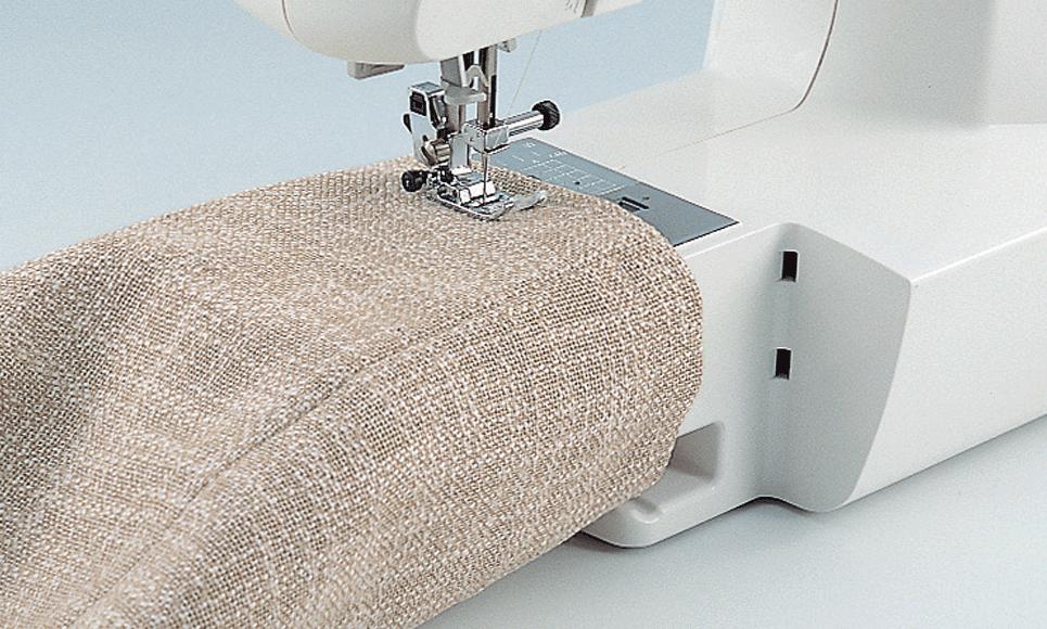 JS100 компьютеризованная швейная машина  6