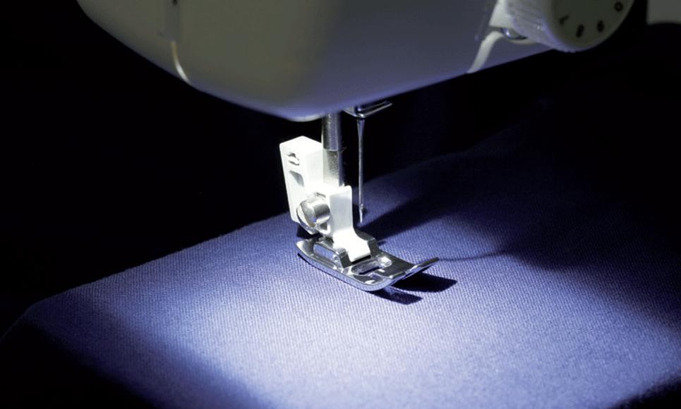 LS 7555 электромеханическая швейная машина  2