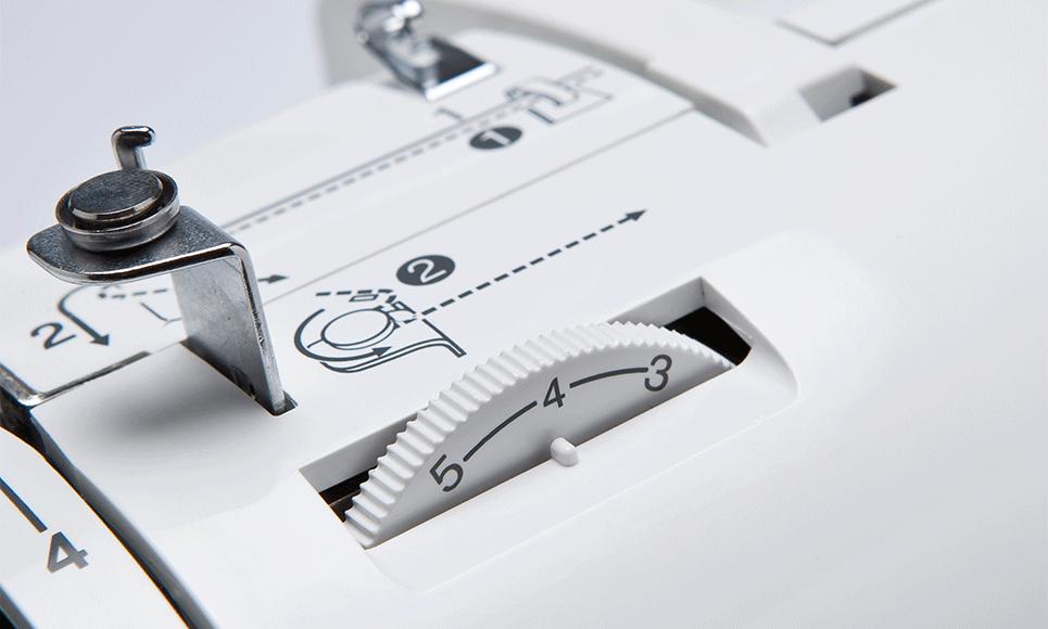 Innov-is 20 LE  компьютеризованная швейная машина  5
