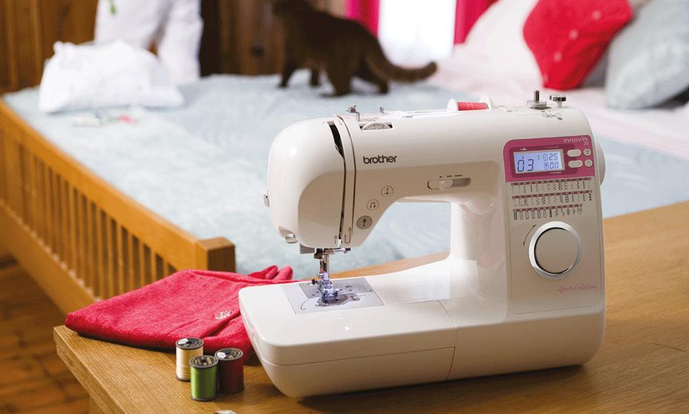 Innov-is 20 LE  компьютеризованная швейная машина  7