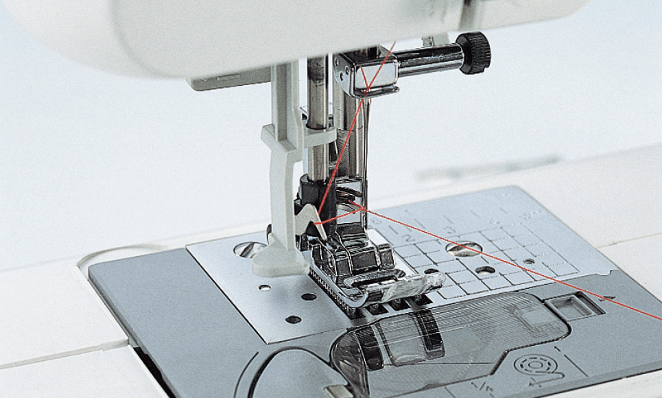 SM-360E компьютеризованная швейная машина  4