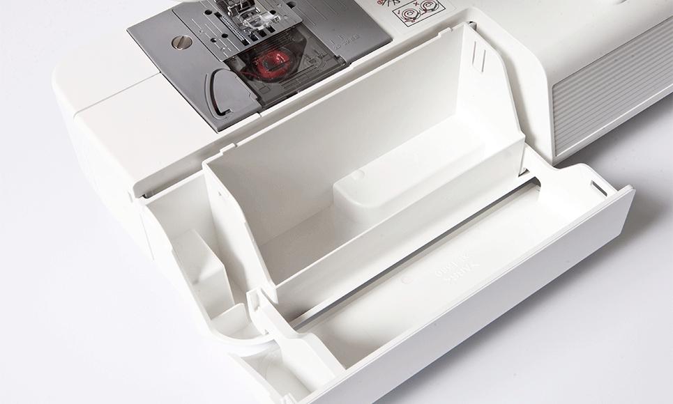 XR37NT sewing machine 3